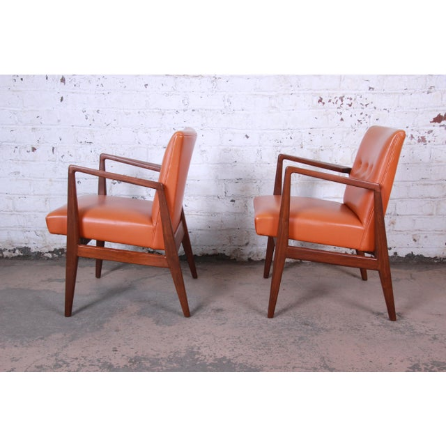 RISOM / MARBLE Jens Risom Mid-Century Modern Sculpted Walnut Lounge Chairs, Pair For Sale - Image 4 of 12