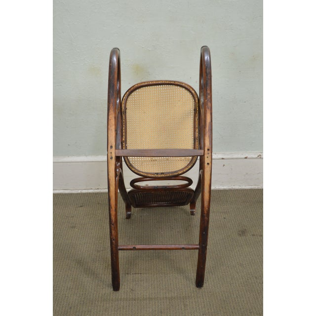 reputable site ef8aa 94fa6 Thonet Vintage Antique Bentwood Rocker Rocking Chair