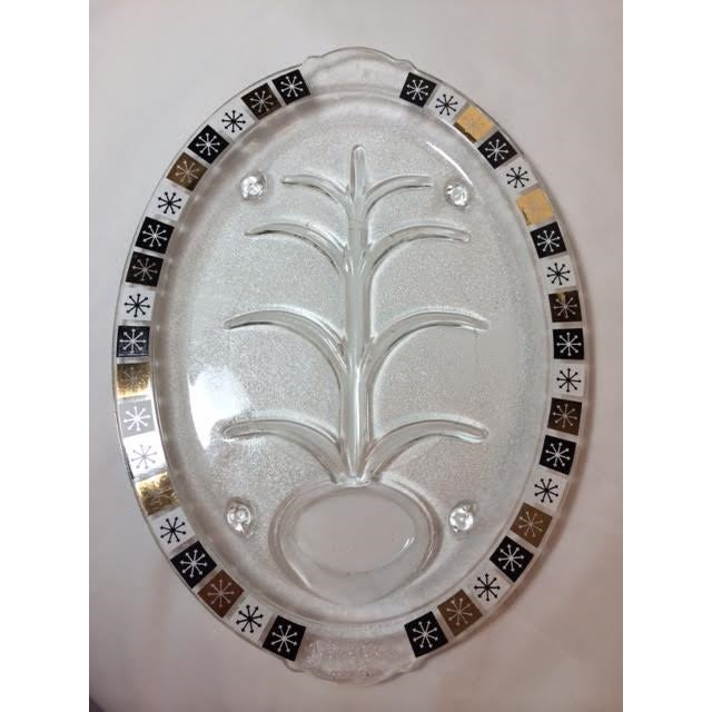 Vintage meat platter by Inland Glass. features the atomic starburst or snowflake pattern. The Starburst 'tile-like' design...