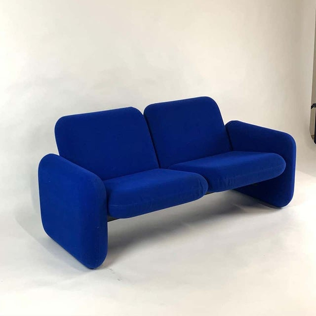 "Herman Miller Iconic Modern Design 1970s ""Chiclet"" Sofa Settee by Ray Wilkes for Herman Miller For Sale - Image 4 of 13"