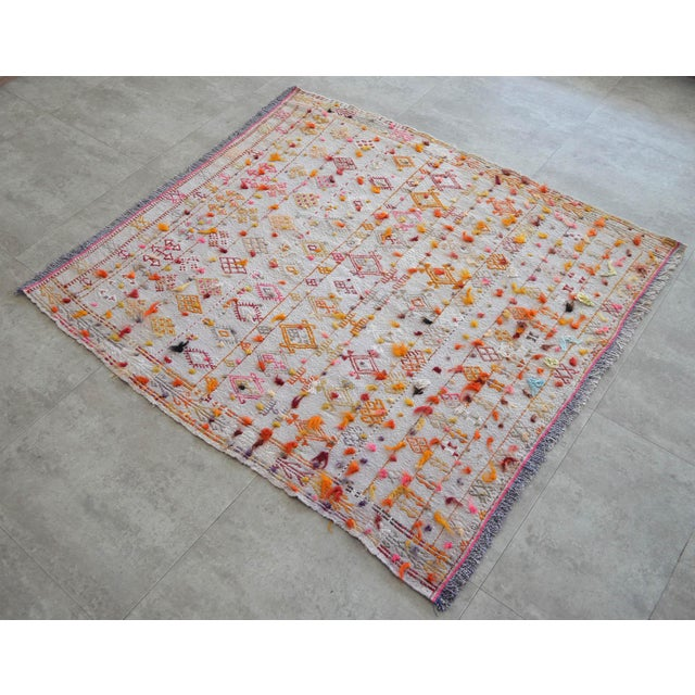 "Antique Turkish Handmade Kilim Rug - A wool on cotton, Turkish Kilim rug that is in used condition. Size: 48"" x 50,8""..."
