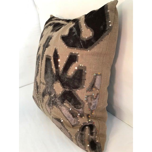 2010s Adam and Viktoria Swedish Natural Linen Tischa Pillow For Sale - Image 5 of 10