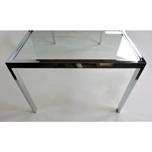 Design Institute America Dia Mid-Century Modern Extendable Chrome Dining Table For Sale - Image 9 of 11