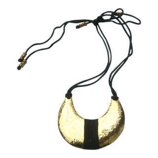 1980s Alexis Kirk Gilt Metal Pendant Statement Necklace For Sale