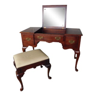 Statton Old Towne Cherry Queen Anne Style Vanity & Stool For Sale