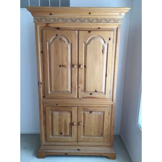 Vintage Link Taylor Pine Armoire Preview
