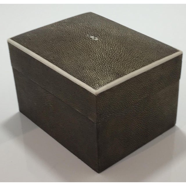 1990s Art Deco R & Y Augousti Shagreen Box For Sale In San Francisco - Image 6 of 11