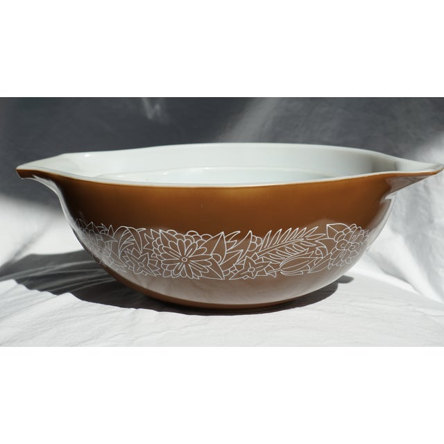 Vintage Pyrex Mixing Bowls - Pair - Image 3 of 5