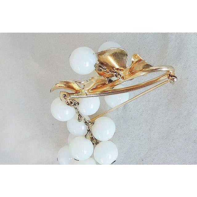 1950s 1950s Napier Opalescent Glass Grapes Pin For Sale - Image 5 of 6