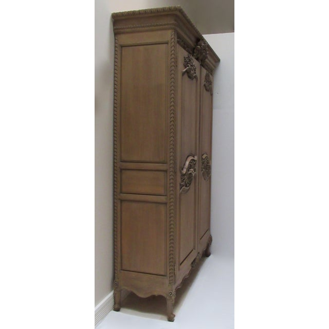 French Country Early 20th Century French Louis XV Style Carved Mahogany Wood Wall Cabinet/Armoire For Sale - Image 3 of 13