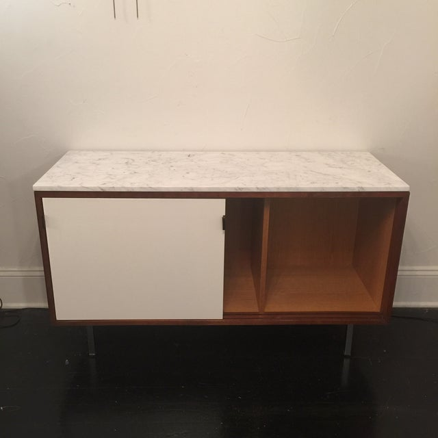 Florence Knoll Bianco Marble Top Credenza - Image 4 of 11