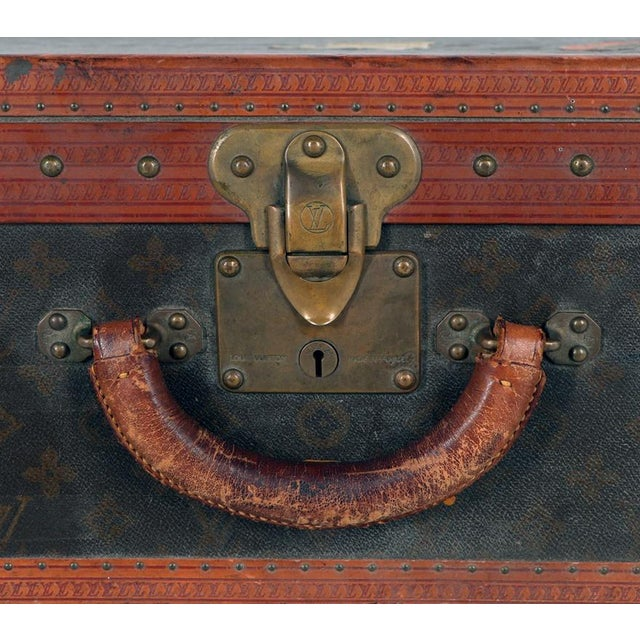 Coffee Early 20th Century Louis Vuitton Paris Monogram Canvas Trunk, Hard Suitcase For Sale - Image 8 of 13