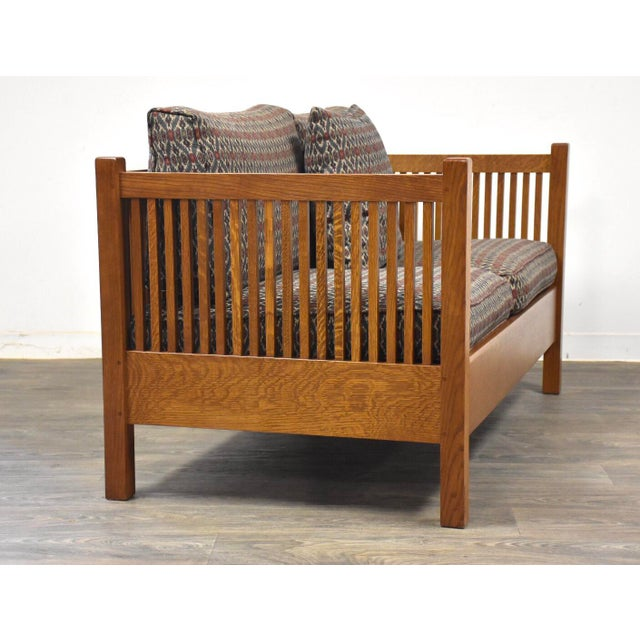 Arts & Crafts Gustav Stickley Spindled Cube Settee For Sale - Image 3 of 11