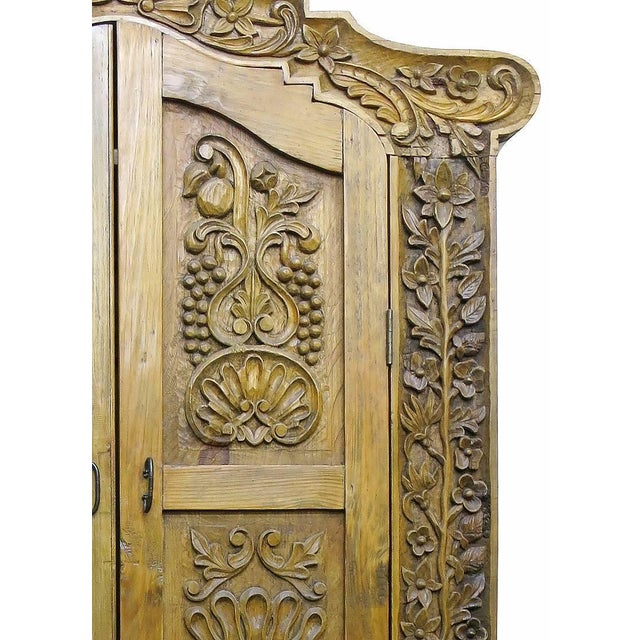 Hand Carved Wood Wardrobe Tv Cabinet - Image 5 of 6