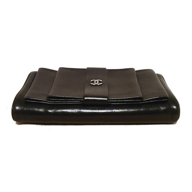 867dd3a60f0c Early 21st Century Chanel Black Leather Bow Wallet Clutch For Sale - Image  5 of 9