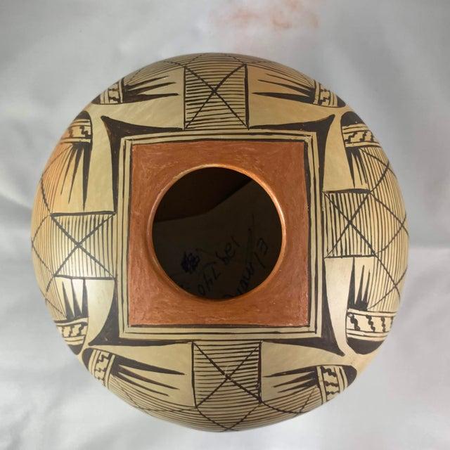 Southwest Hand Painted Migration Seed Jar by Elva Nampeyo For Sale In Denver - Image 6 of 13