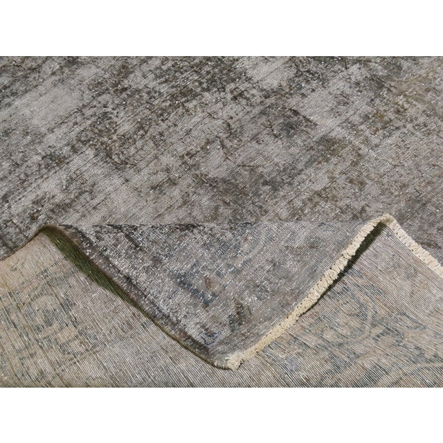 "1940s 1940s Boho Chic Persian Gray Wool Kerman Rug - 9'6""x13'8"" For Sale - Image 5 of 6"