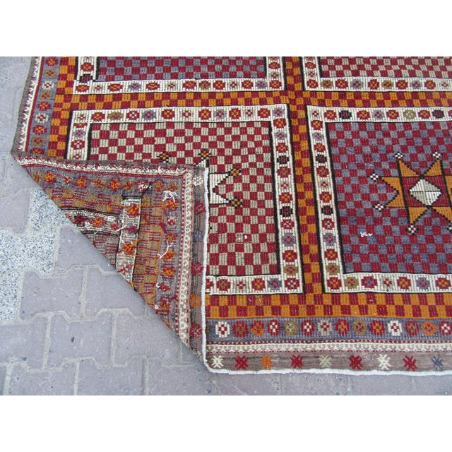 1960s 1960s Turkish Embroidered Kilim Wool Rug For Sale - Image 5 of 6