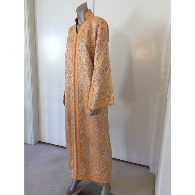Green 1970s Moroccan Brocade Bohemian Handmade Vintage Kaftan For Sale - Image 8 of 10