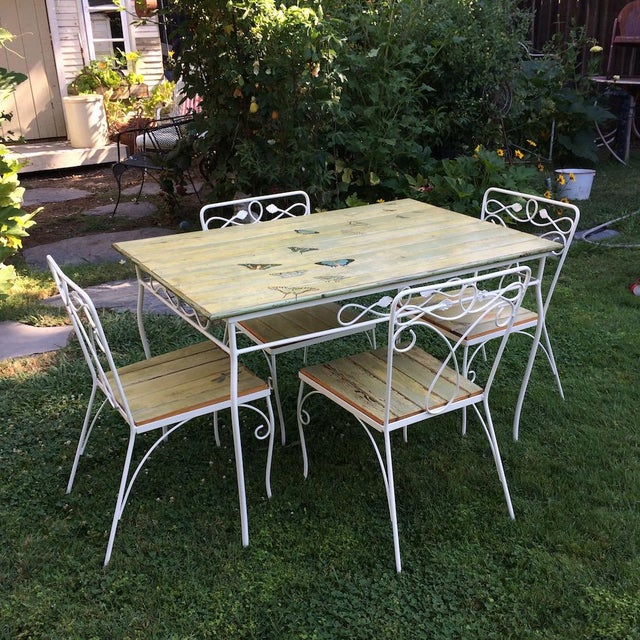 Antique White Vintage Woodard Metal and Bead Board Patio Set - Table and 4 Chairs For Sale - Image 8 of 13