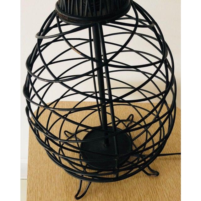 Metal 1950s Vintage Ferris Shacknove Black Wire Pineapple Lamp For Sale - Image 7 of 9