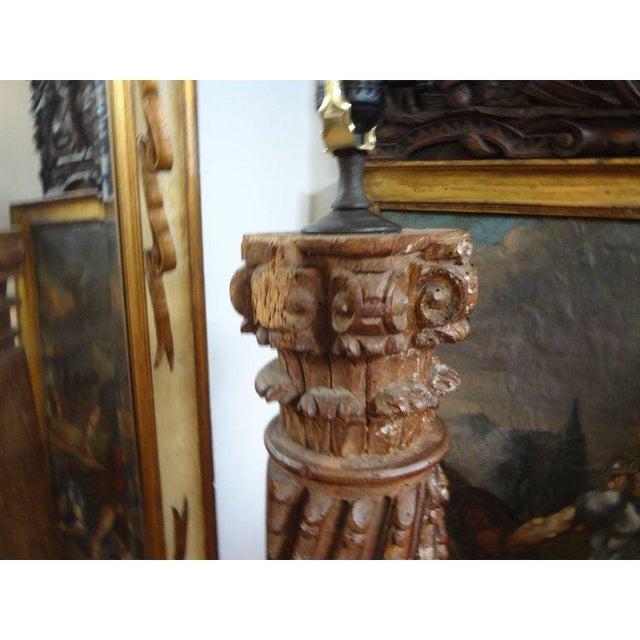 19th Century Italian Giltwood Corinthian Column Table Lamp For Sale - Image 9 of 11