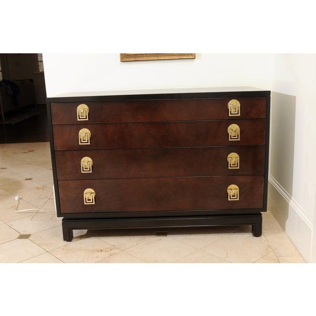 1950s Exquisite Mahogany and Bookmatch Bird's-Eye Maple Chest by Renzo Rutili For Sale - Image 5 of 11