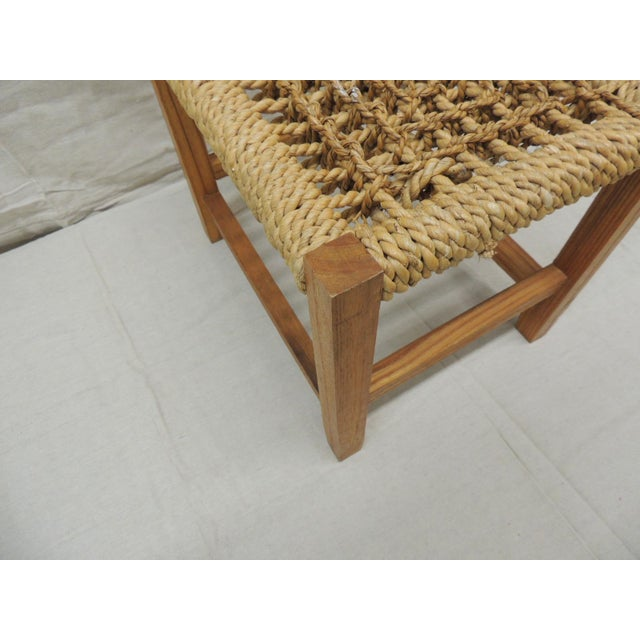 1990s Vintage Rectangular Shaker-Style Foot Stool With Seagrass Woven Seat For Sale - Image 5 of 7