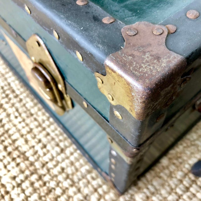 Metal 1940s Traditional Green Steamer Trunk Coffee Table For Sale - Image 7 of 13