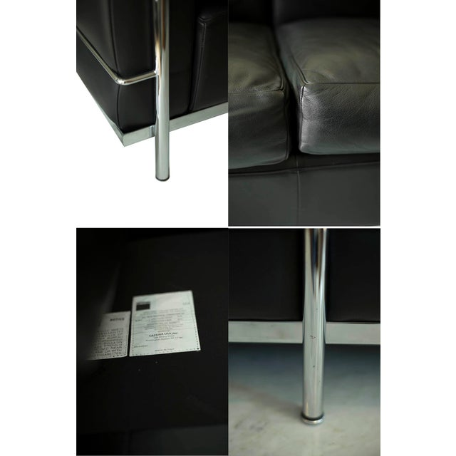 Lc2 Petit Modele Three-Seat Sofa Designed by Le Corbusier for Cassina For Sale In San Francisco - Image 6 of 12