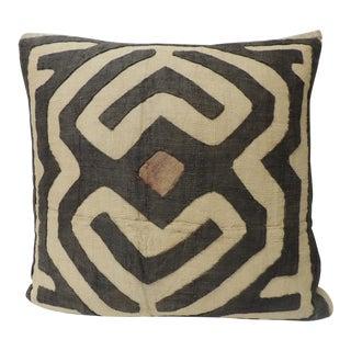 Vintage Tan and Brown Raffia Appliqué Kuba Decorative Pillow For Sale