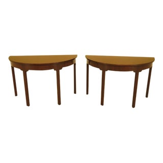 Kittinger Colonial Williamsburg Mahogany Console Tables - A Pair For Sale