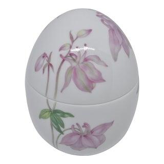 Pure White Royal Copenhagen Lidded Egg Box For Sale