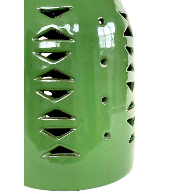 Contemporary Green Glazed Ceramic Table Lamp For Sale - Image 4 of 5