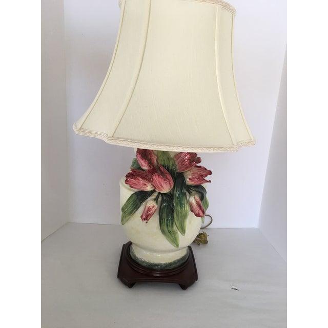 Anne Vosseller Porcelain Ginger Jar Parrot Tulip Barbotine Lamp - a Pair - Image 5 of 11