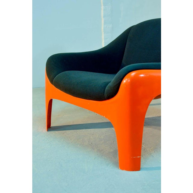 Orange Iconic Mid -Century Design Italian Fiberglass Lounge Chair by Sergio Mazza for Artemide, 1960s For Sale - Image 8 of 11