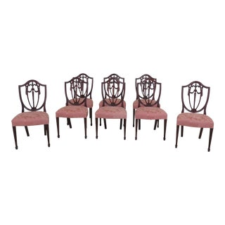 1990s Vintage Kindel Shield Back Carved Mahogany Dining Room Chairs- Set of 8 For Sale