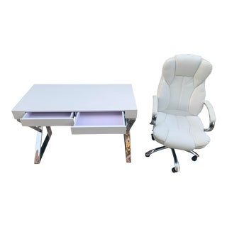 White Modern Desk and Chair With Chrome Legs For Sale