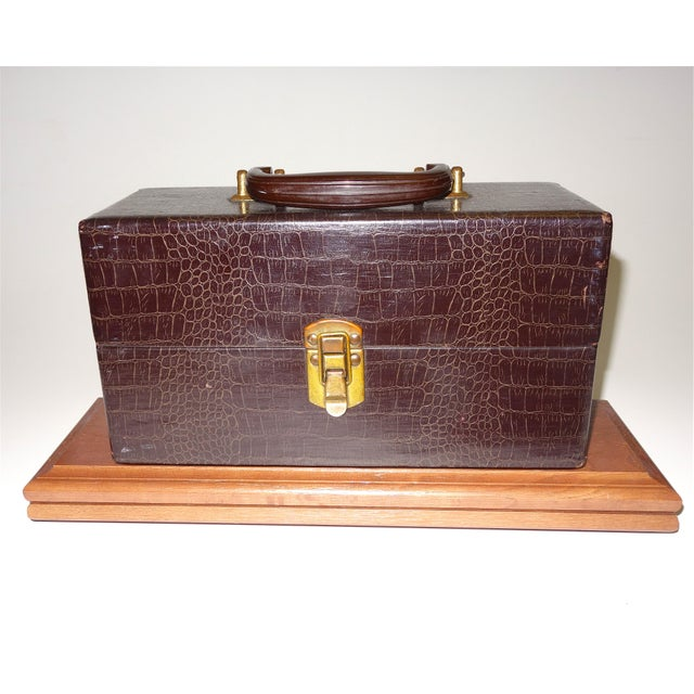 Vintage Cinema Equipment Carry Case. Patterned Croc Canvas on Wood, 1940s Artifact For Sale - Image 4 of 4