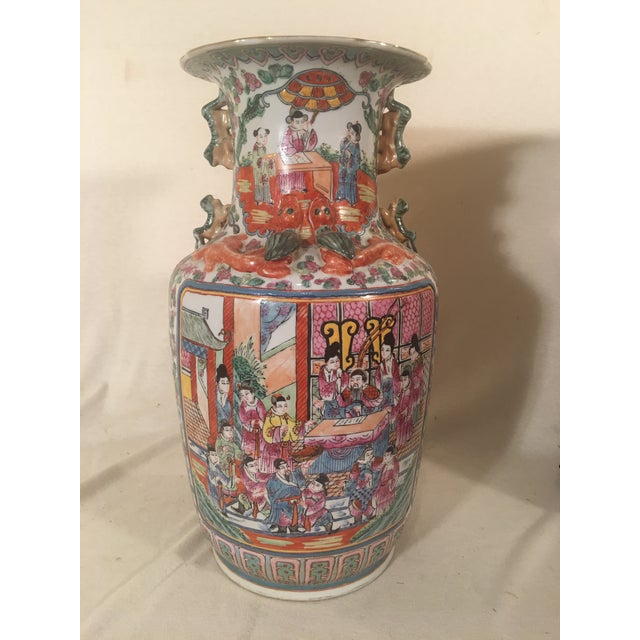 Chinese Rose Medallion Porcelain Vases - A Pair - Image 8 of 11