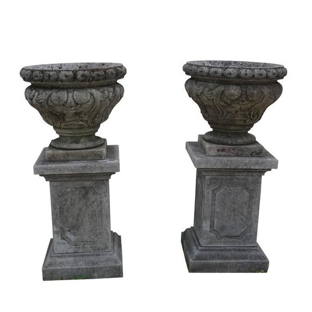 Mid-19th Century Italian Renaissance Style Limestone Urns - a Pair For Sale - Image 4 of 5