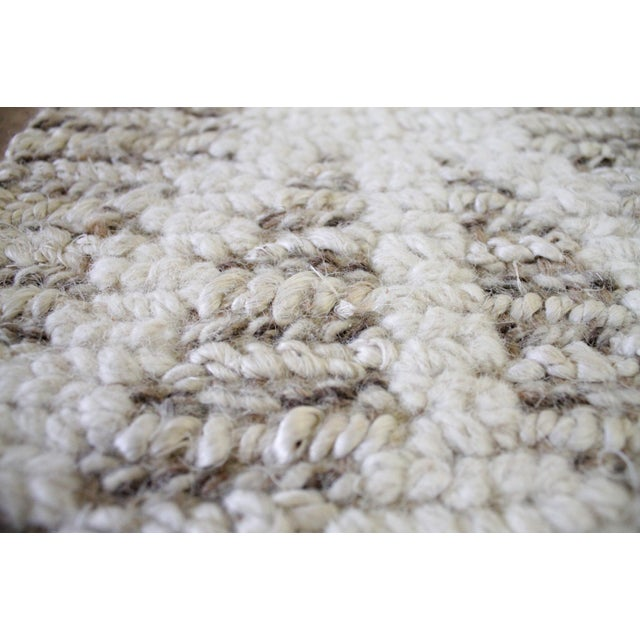 White New Modern Wool and Natural Fiber Rug For Sale - Image 8 of 10