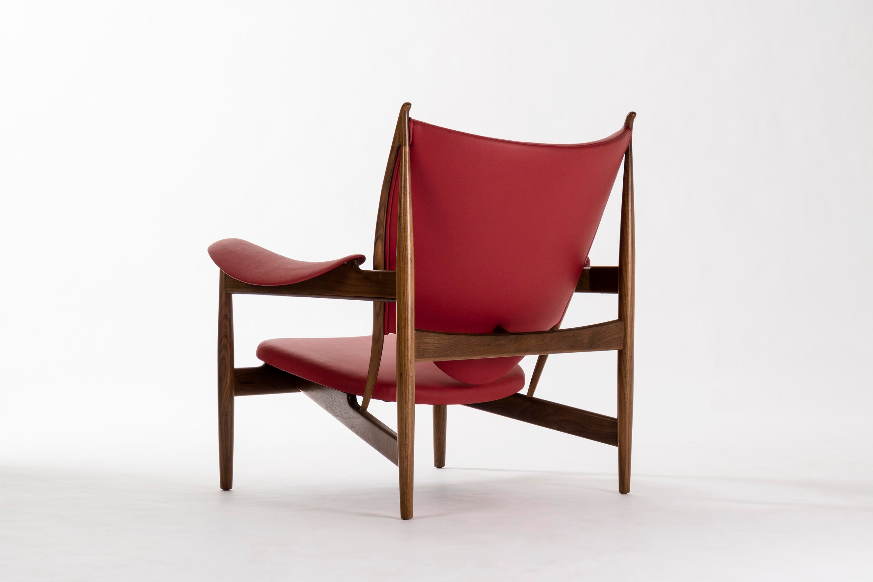 Pair Of Finn Juhl Chieftain Lounge Chairs   Image 4 Of 8