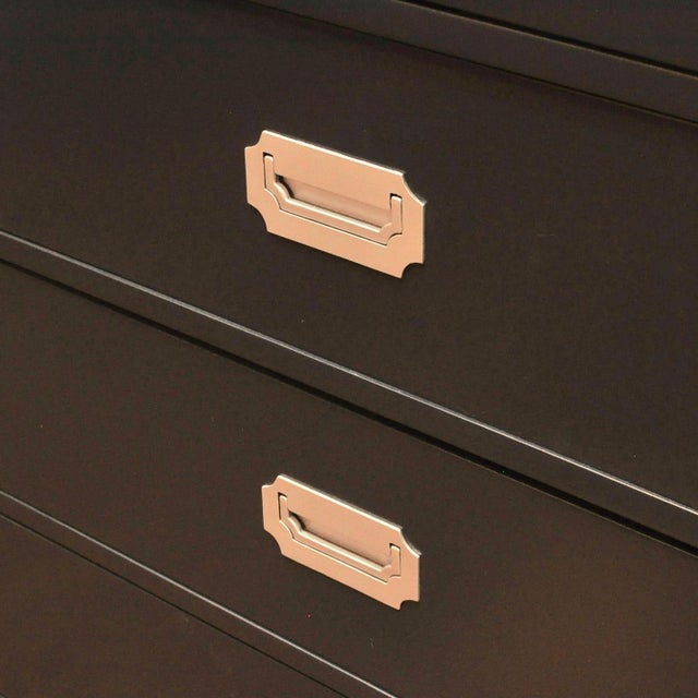 1980s Pair of Lacquered Five-Drawer Campaign Chests by Bernhardt For Sale - Image 5 of 13