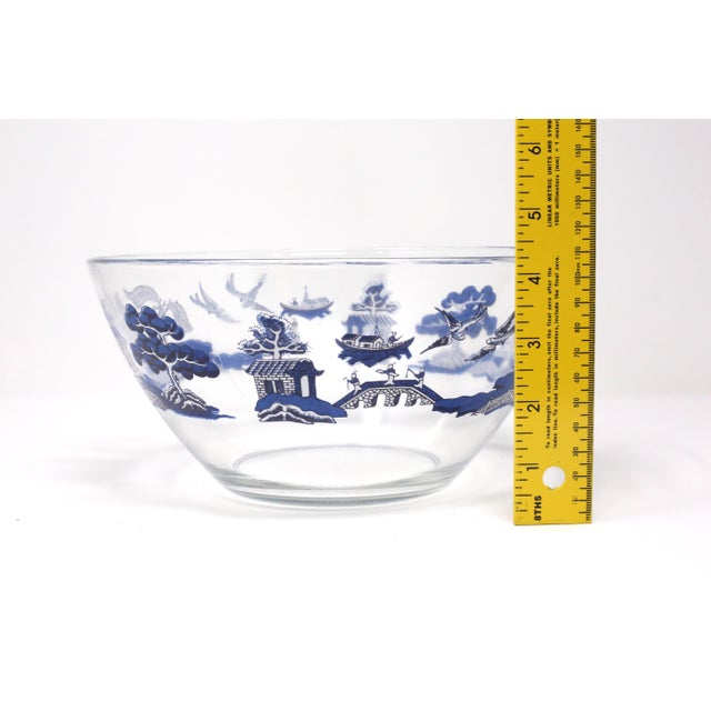 "Vintage ""Blue Willow"" Glass Serving Bowl by Johnson Brothers For Sale - Image 9 of 10"