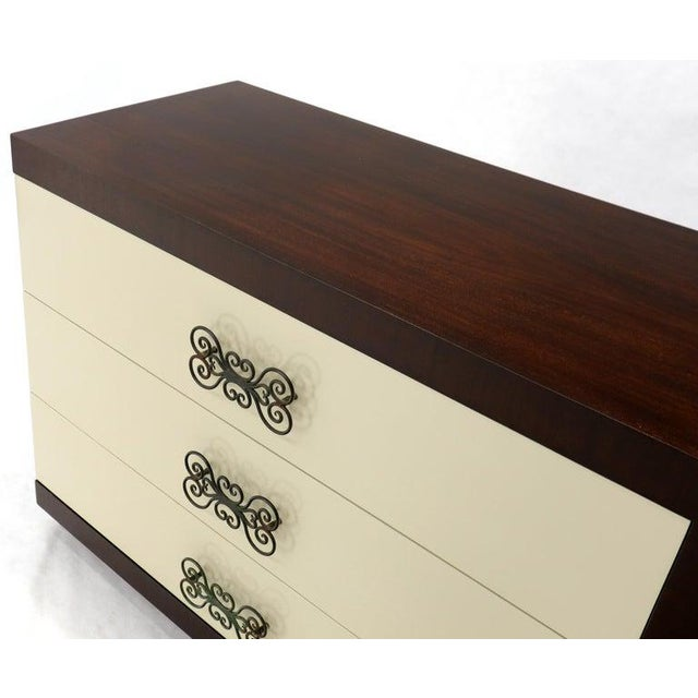 Wood Pair of Two-Tone Mid-Century Modern Art Deco Bachelor Chests Dressers For Sale - Image 7 of 13