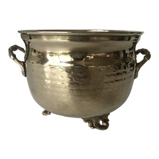 1980s Americana Footed Hammered Brass Cache Pot For Sale
