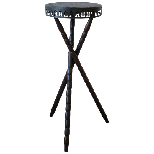 20th Century Rustic Black and Brown Tripod Side Table For Sale