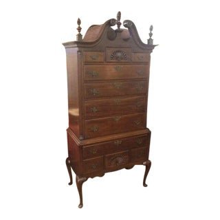 20th Century Early American Beacon Hill Mahogany 2 Piece Bonnet Top Highboy For Sale