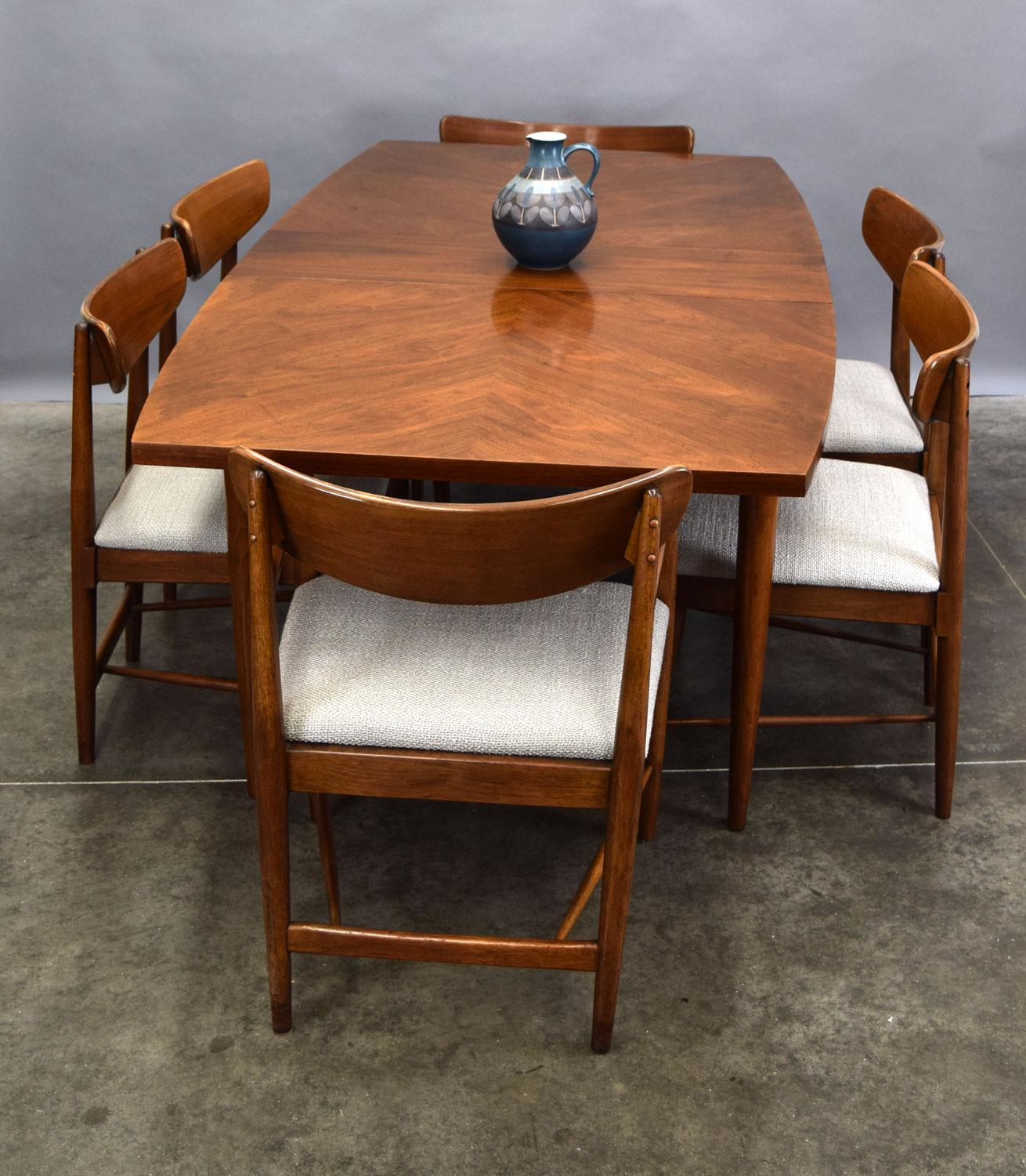 Marvelous American Of Martinsville U0027Daniau0027 Walnut Dining Table   With Leaves   Image  ...